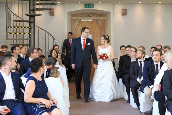 Hochzeit: Auf dem Weg zum Altar