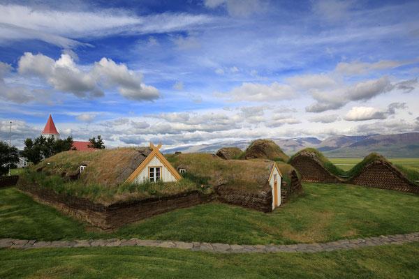 Fast wie aus dem Hobbit-Land: Die Siedlung Glaumbaer im Norden