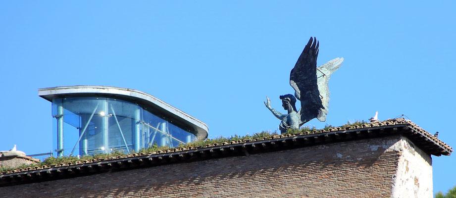 Das italienische Nationaldenkmal Viktor Emmanuele - Detail von hinten