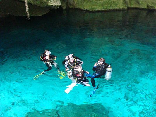 Mexico; Tauchen in den Cenoten und auch im Meer