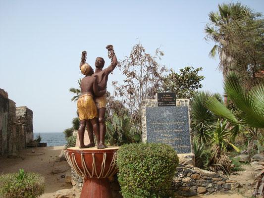 Senegal; Volunteer Kleinkinderheim - Ille de Goré - Sklaveninsel