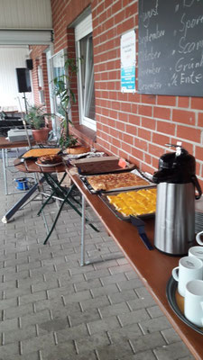 Tag der offenen Tür: Kuchenbuffet