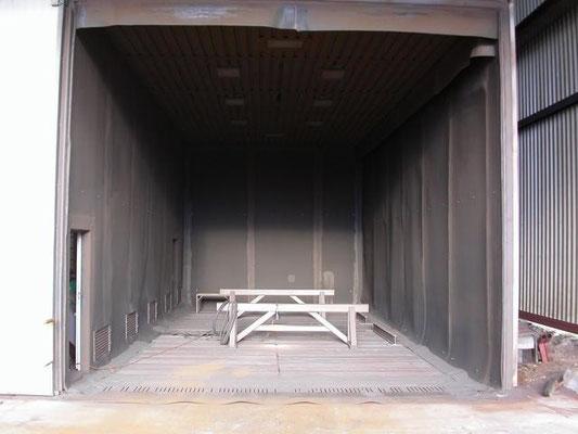 unser Strahlhaus mit den Abmessungen 12m x 5,5m x 5m