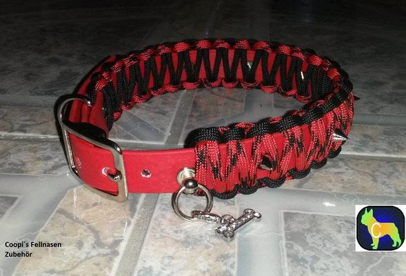 PAH7 Biothane Mix Paracord  Farbe:  rot mit schwarz - Strassanhänger und Killernieten -  breite: 30 mm - verstellbar 37 cm - 45 cm Halsumfang  Preis: statt € 26,00   nur € 15,60