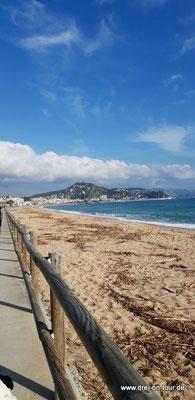 Bucht mit Blick auf den Ort