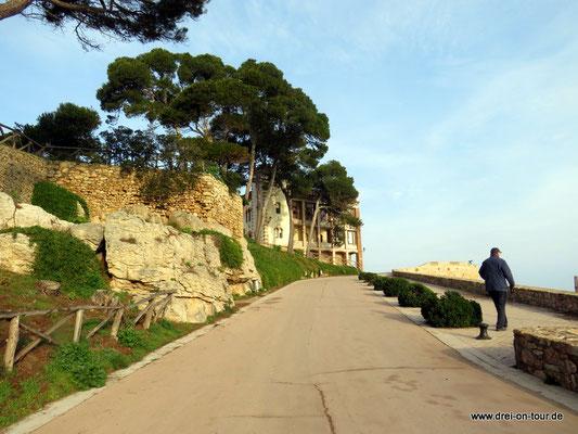 Aufgang zum Dorf Sant Marti Empuries