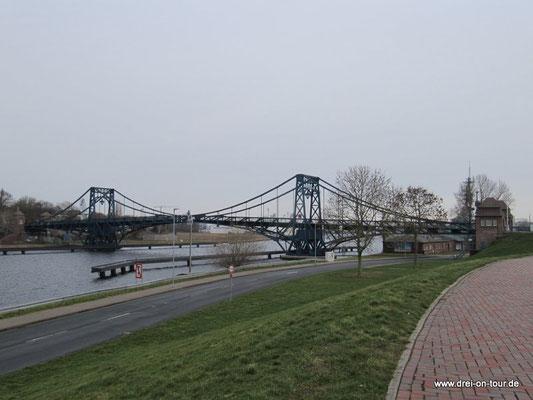 Blick auf die Kaiser-Wilhelm-Brücke