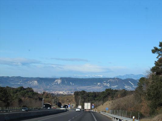 Unterwegs - Blick auf die Pyrenäen