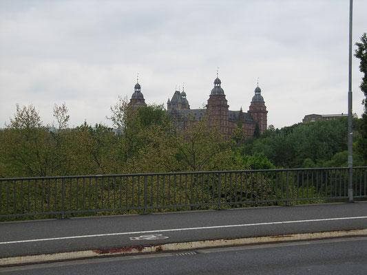 Blick auf das Schloß Johannisburg