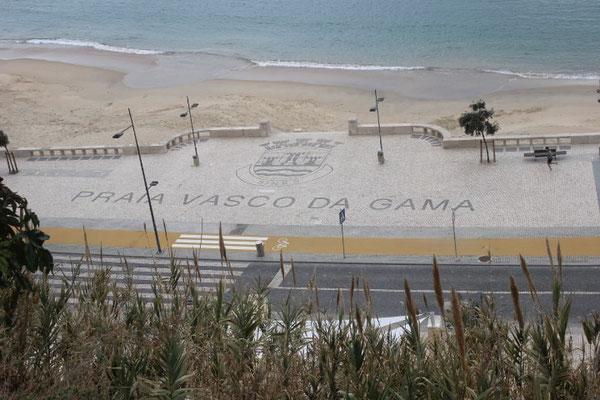Blick auf die Strandpromenade