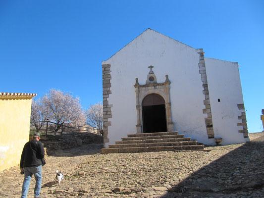 Die Burg Castro Marim, gruselige Ausstellung