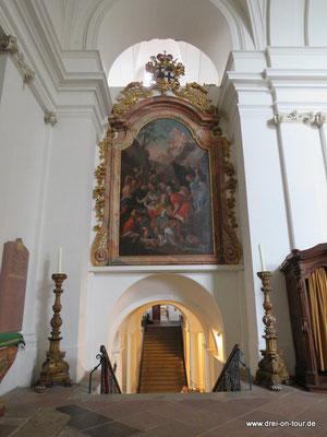 Eingang zur Bonifatiusgruft