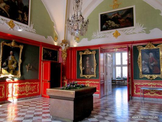 roter Saal, auch Friedenssaal genannt,  hier wurden die Verhandlungen zum Aachener Frieden 1748 geführt