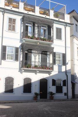 schöne Häuserfront