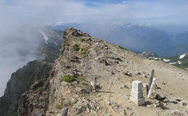 一等三角点「白馬岳」(TajimaRika)