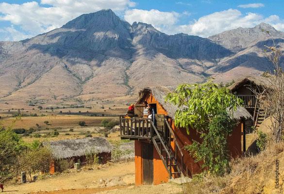 Habitations du peuple Bara dans le parc national d'Andringitra