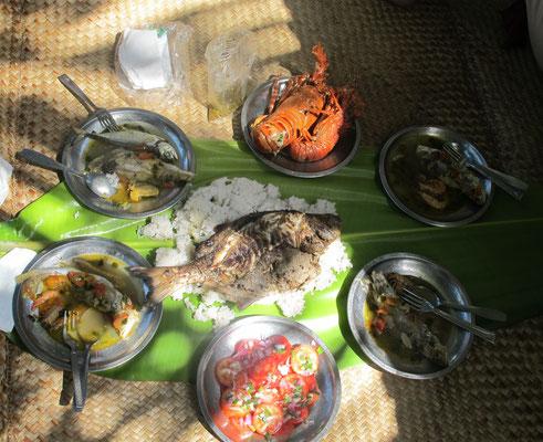 Notre déjeuner dans le village des pêcheurs