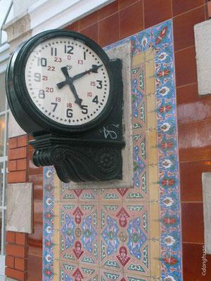 Sintra - Horloge de la Gare