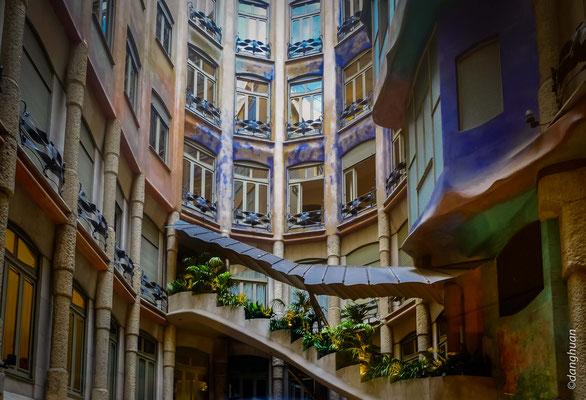 La Casa Milà : La cour intérieure