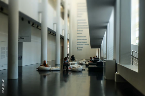 Musée Macba : le Musée d'Art Contemporain de Barcelone est consacré aux œuvres de la deuxième moitié du 20ème siècle