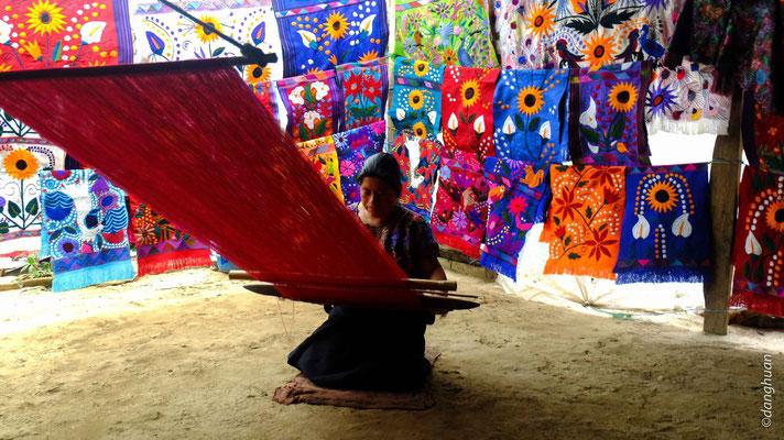 Atelier de tissage près de San Juan de Chamula
