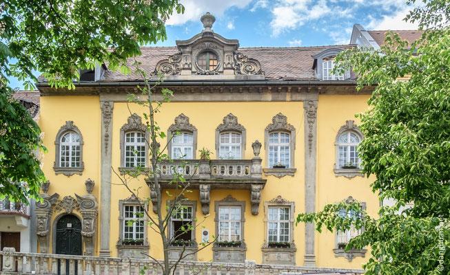 Varnegyed, le quartier du château, en hauteur de Buda