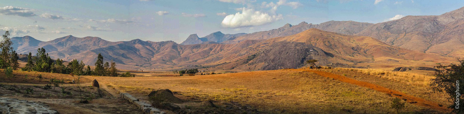 Panorama du camp Catta