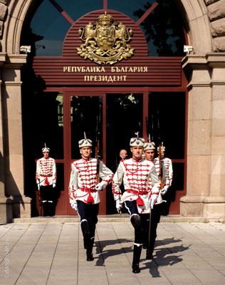Sofia - Changement de gardes