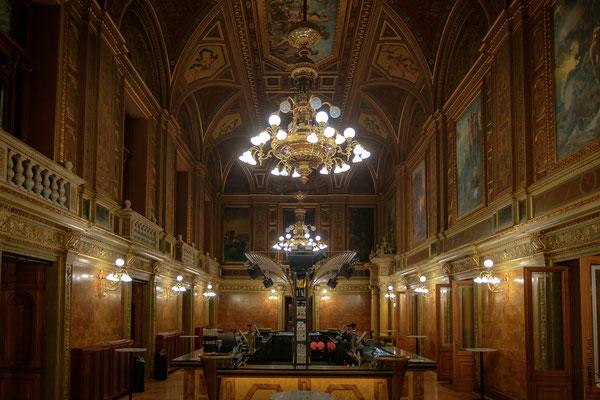 Opéra : le salon au premier étage