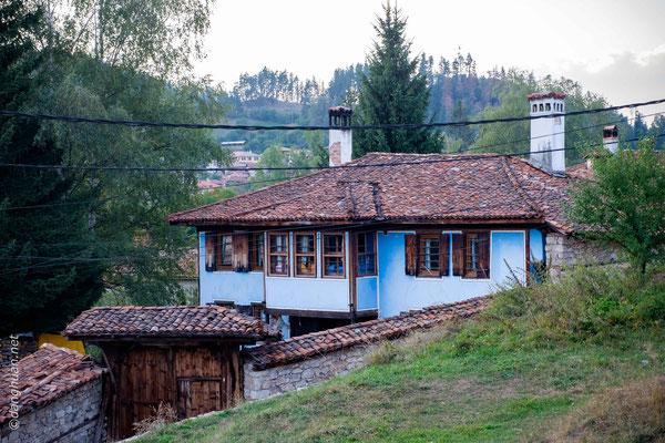 Koprivchtitza  - C'est une ville-musée et l'unique endroit en Bulgarie où sont conservés plus de 250 modèles d'architecture de l'époque de l'Eveil national bulgare
