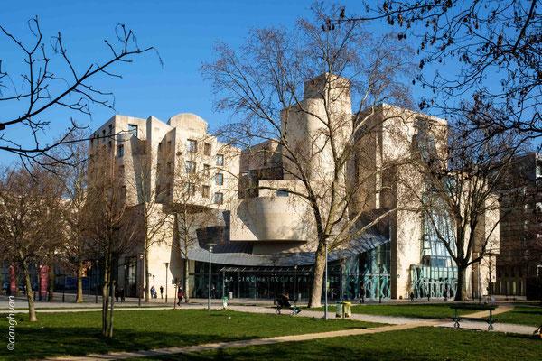 Cinémathèque Française (Paris) - Frank Gehry