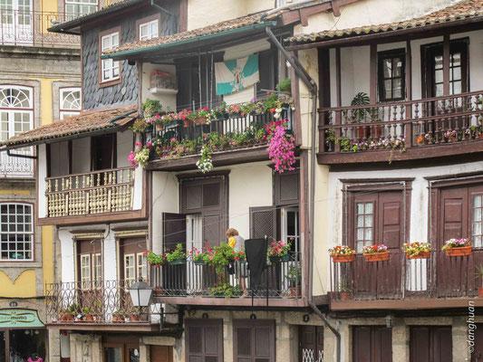 Guimaraes  -  Praça de santiago