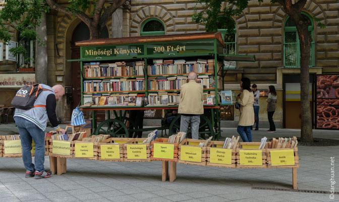 marchand de livres anciens