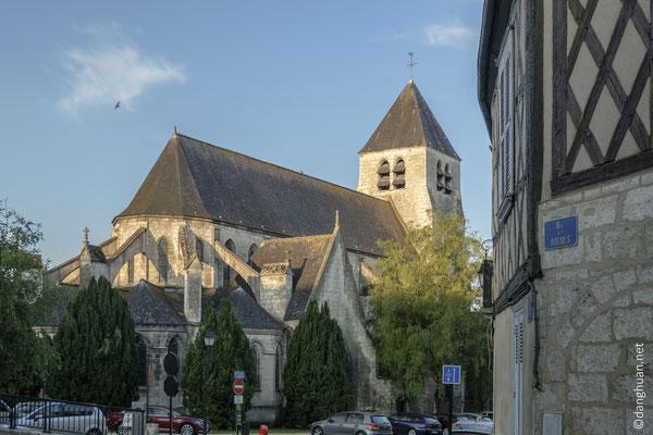 Eglise Saint Pierre (XIIème siècle)