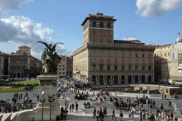 Piazza Venicia