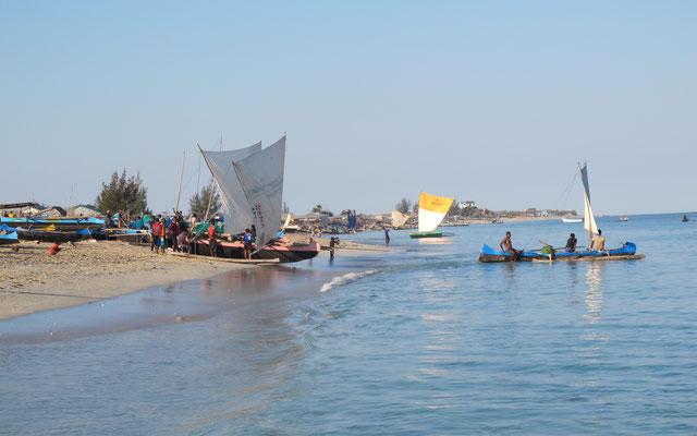 forment un peuple de Madagascar qui occupait autrefois ...