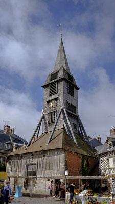 Le clocher de St-Catherine