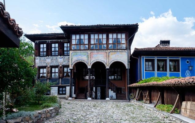 Koprivchtitza -La maison Oslekova illustre ce  style architectural typiquement bulgare du XIXe siècle