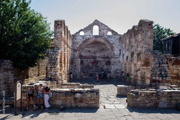 Nessebar - une ville restaurée par les successifs maîtres du lieu : Grecs, Romains, Byzantins, Bulgares et Ottomans