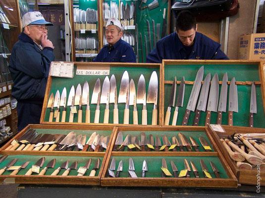Marché de couteaux