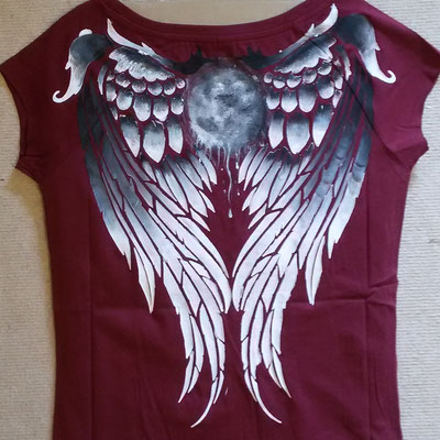 T-Shirt mit Flügeln & Mond schwarz-weiß