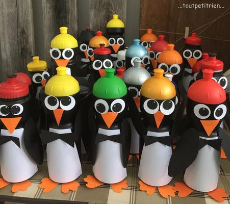 Pingouins, recyclage de vieilles gourdes. www.toutpetitrien.ch/bricos/  -  fleurysylvie