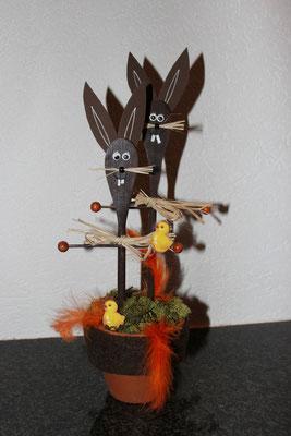 Lapins avec des spatules en bois. www.toutpetitrien.ch/bricos/ - fleurysylvie