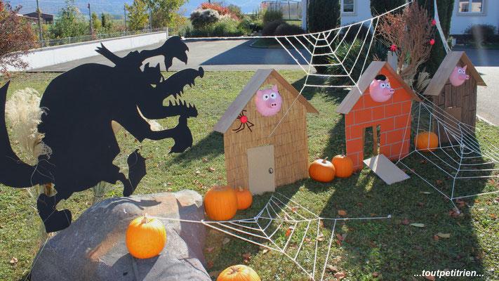 Halloween chez toutpetitrien les 3 petits cochons