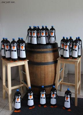Déco vitrines Noël pingouins recyclage bouteilles PET
