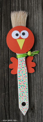 Poule - pinceau ! www.toutpetitrien.ch/bricos/ - fleurysylvie