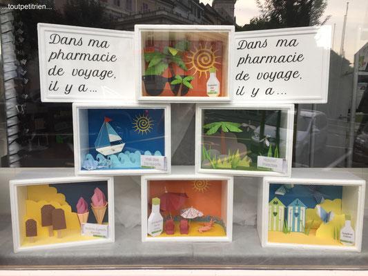 Décoration vitrines été pharmacie (tout en papier) www.toutpetitrien.ch - fleurysylvie