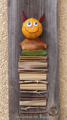 Bricolage nature avec une petite citrouille. www.toutpetitrien.ch/bricos/ - fleurysylvie