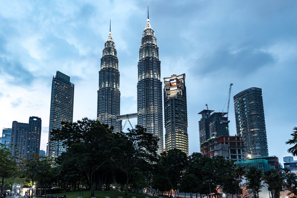 KL (Petronas Towers)
