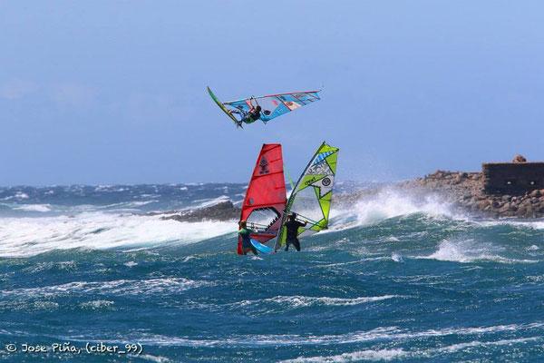 Achtung da aufm Wasser: Victor Fernandez im Luftraum!